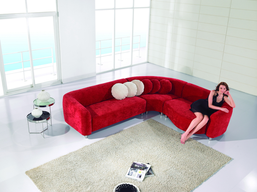 Modern Fabric Sectional sofa (red)